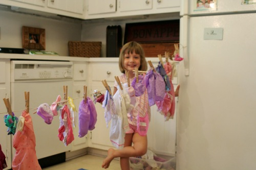 washing-baby-clothes-2
